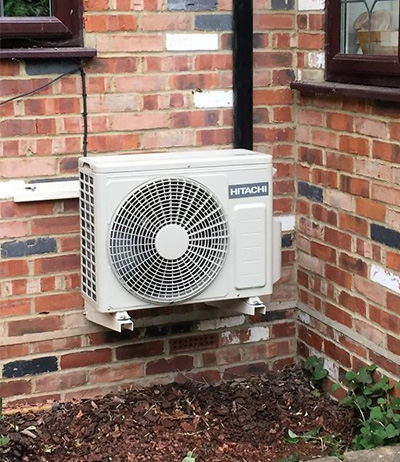 air-to-air-sorce-heat-pump
